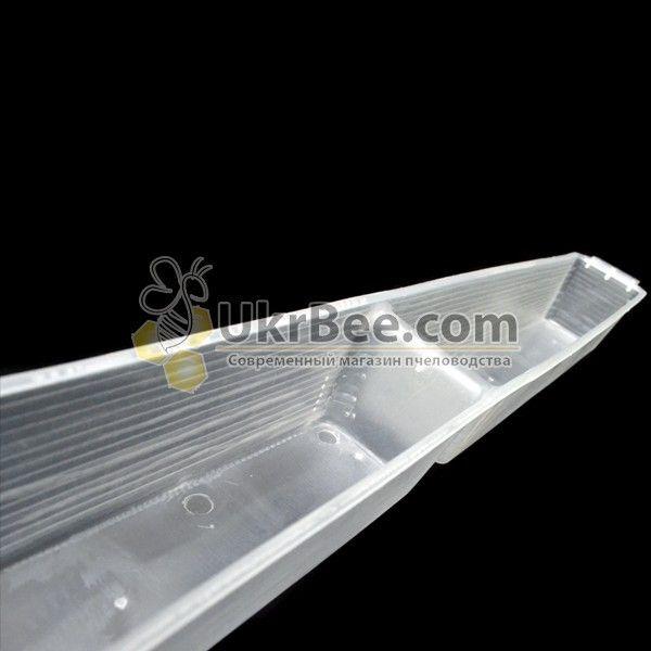 Кормушка внутриульевая пластиковая 1кг (рис 3)