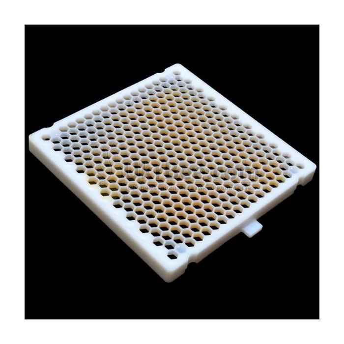 Сотовая решетка Джентерского набора для выведения маток (рис 1)
