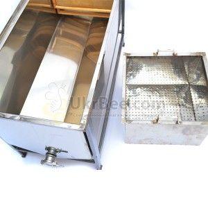Стол для распечатывания сот (рис 4)