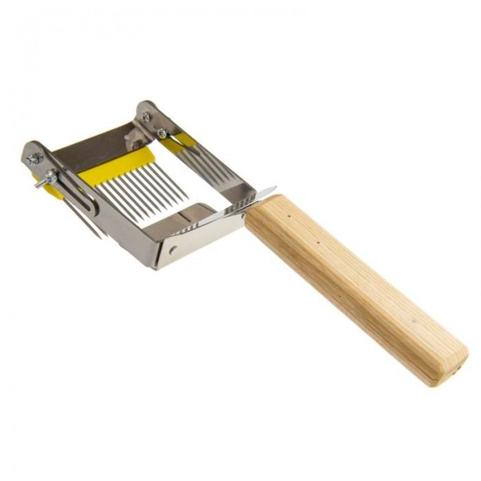 Вилка-культиватор для распечатки сот, (рис. 1)